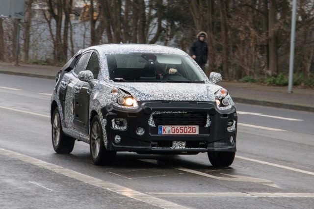 ford-fiesta-suv-spy