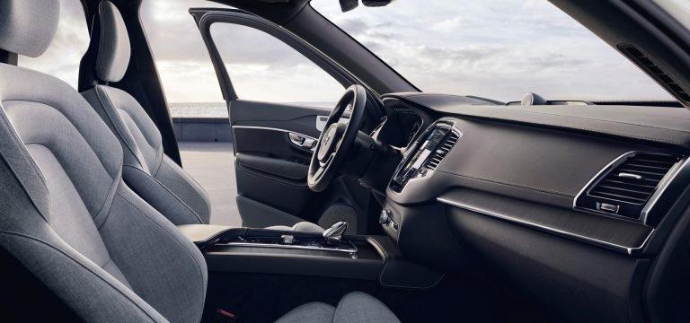 2020 Volvo XC90 cabin