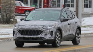 2020-ford-escape-hybrid-outside