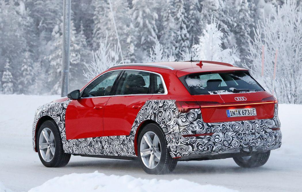 2021 Audi e-tron Allroad spy rear