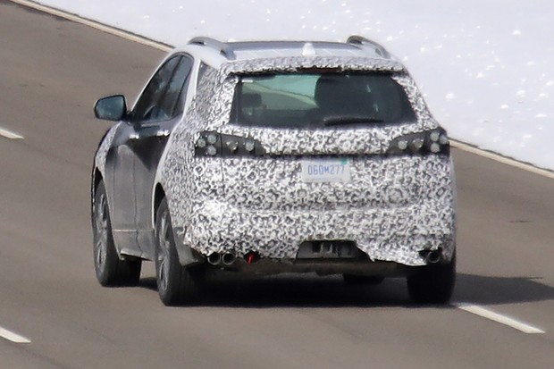 2020 Chevy Equinox spy rear