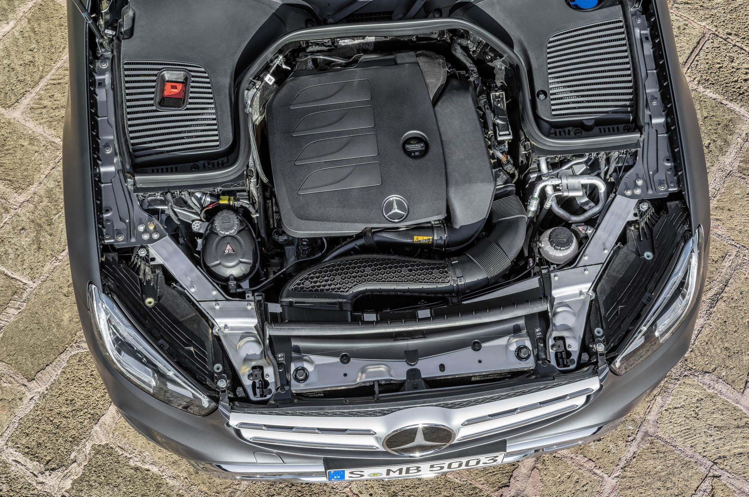 Mercedes-Benz GLC (X253), 2019, designo selenitgrau magno, Polster Leder sattelbraun // Mercedes-Benz GLC (X253), 2019, designo selenite grey magno, saddle brown leather interior