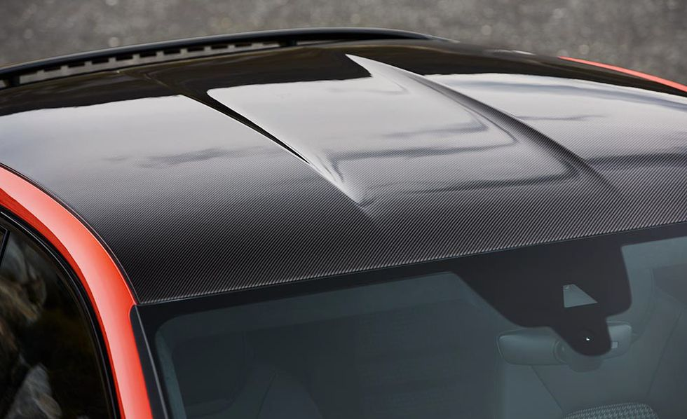 2020 Porsche Cayenne Coupe roof