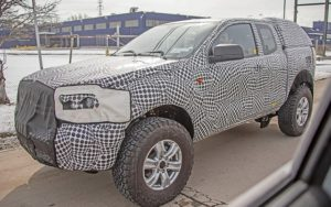 2021 Ford Bronco spy shots front