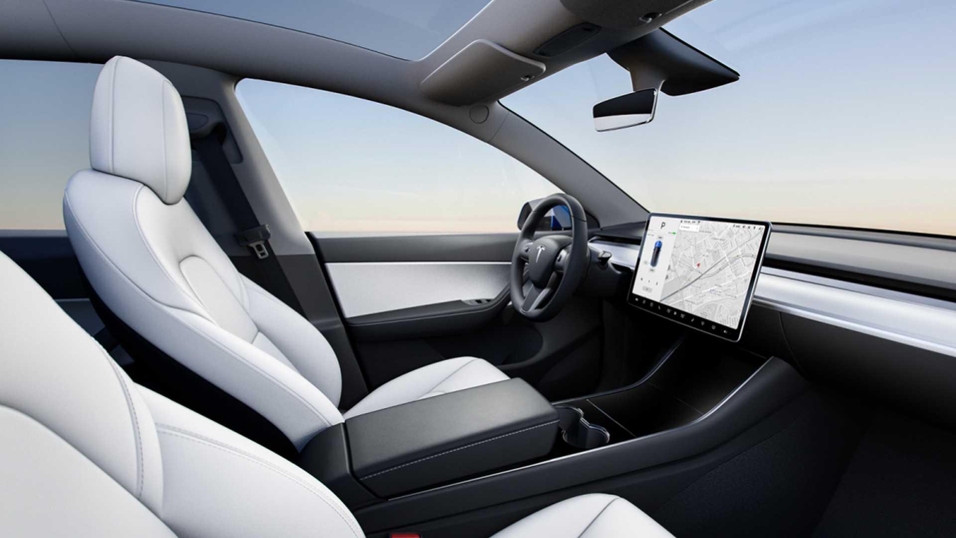 2021 Tesla Model Y cockpit