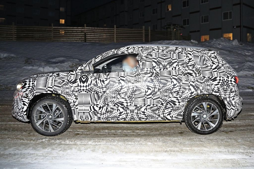 Jetta VS5 Compact Crossover spy side