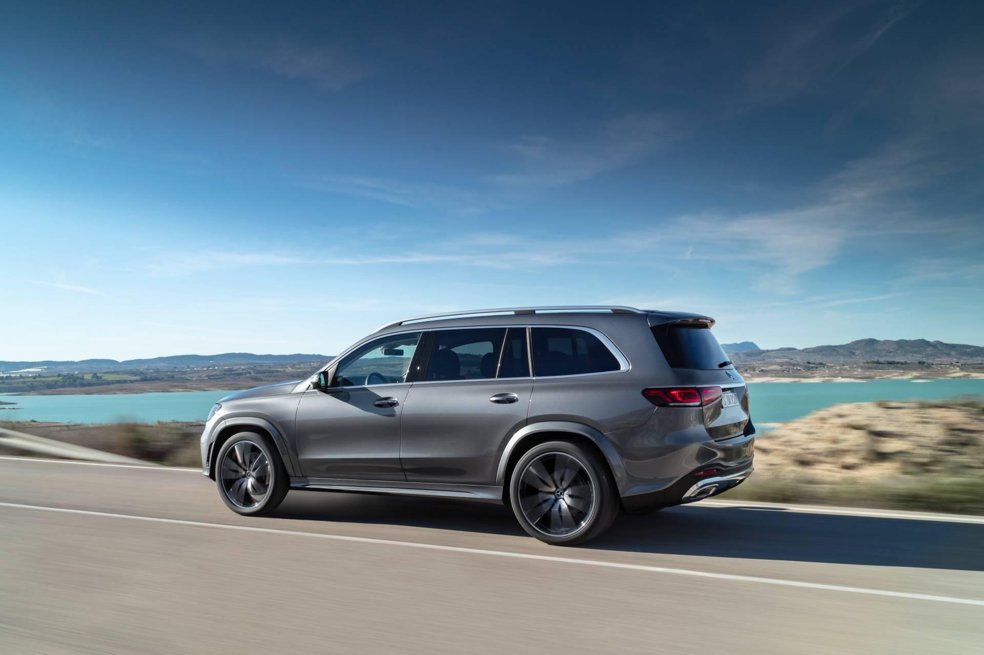 2020 Mercedes-Benz GLS side-view