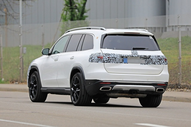 2020 Mercedes-Benz GLS spy rear