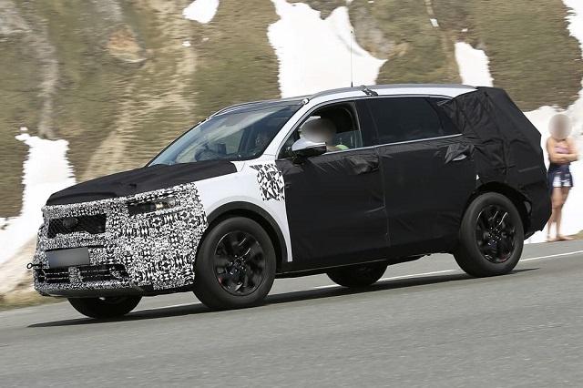 2021 Kia Sorento Redesigned SUV Spied Testing In The Alps ...